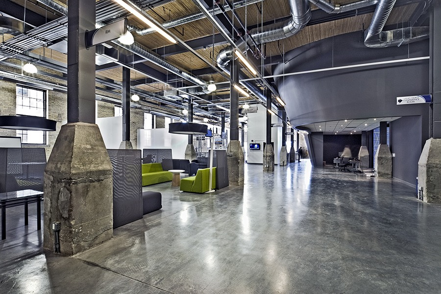 The DMCC provides break-out space for employees to relax, eat their lunch, and hold informal meetings – and to take a break from a computer screen.