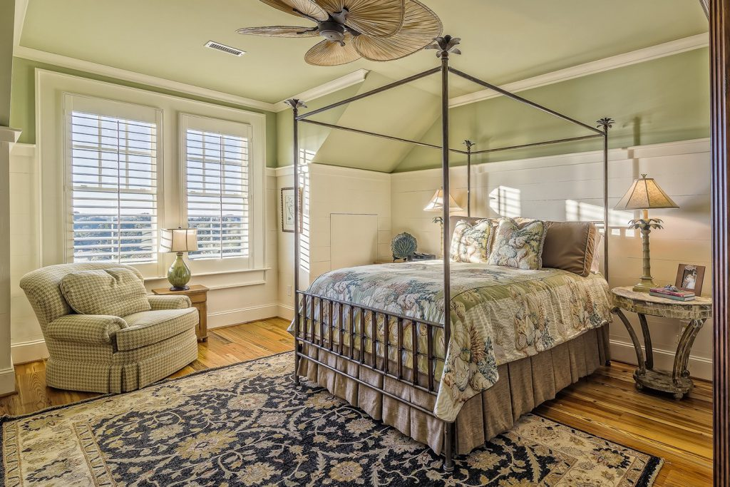 Home Decor - bedroom TRADITIONAL