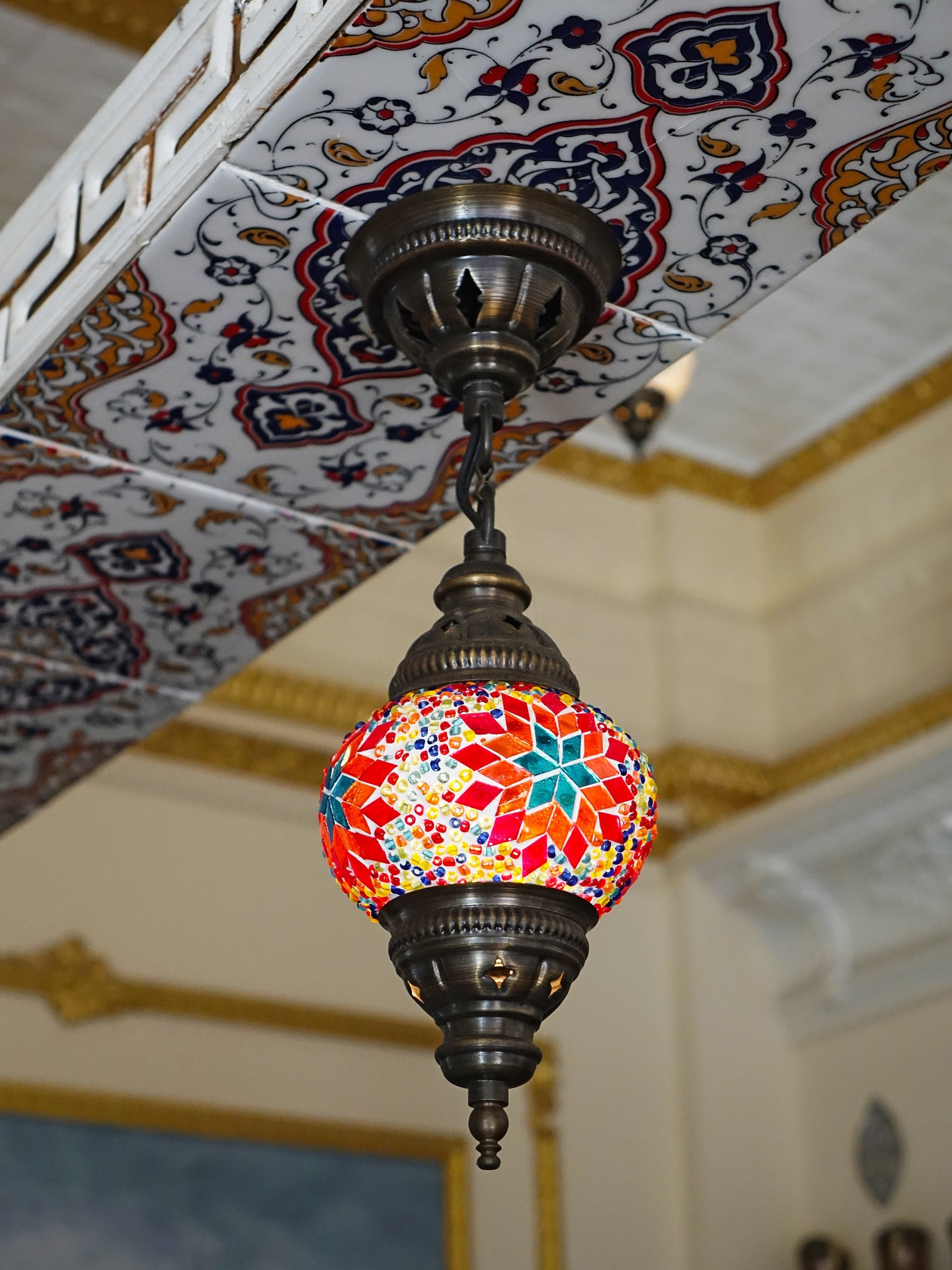 Home Decor - lamp and tiles MEDITERRANEAN