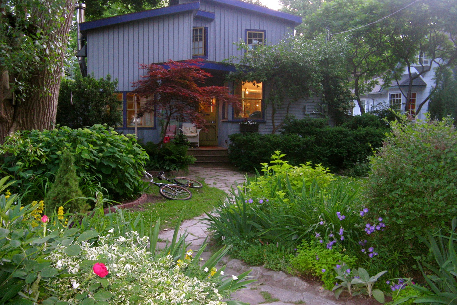 Linda Rosenbaum's house on Toronto Island. (Photo credit Linda Rosenbaum)