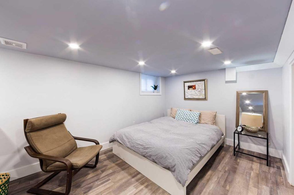Strange These Are The 8 Cheapest Rentals In Toronto In June 2019 Home Remodeling Inspirations Basidirectenergyitoicom